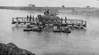 20th Battalion (New Zealand) - Transporting a 20th Armoured Regiment Sherman over the Po River, 1945