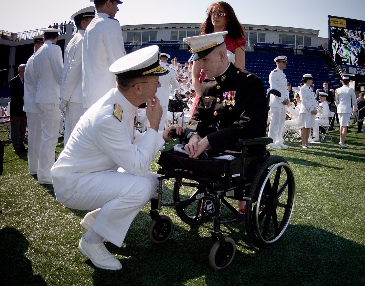 File:US Navy 070525-N-0696M-009 Chief of Naval Operations ...