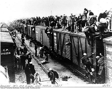 أدى الارتفاع الشديد لمعدل البطالة في الولايات المتحدة إلى دفع العديد من العاطلين عن العمل إلى استخدام قطارات الشحن للبحث عن عمل في مدن البلاد المختلفة.