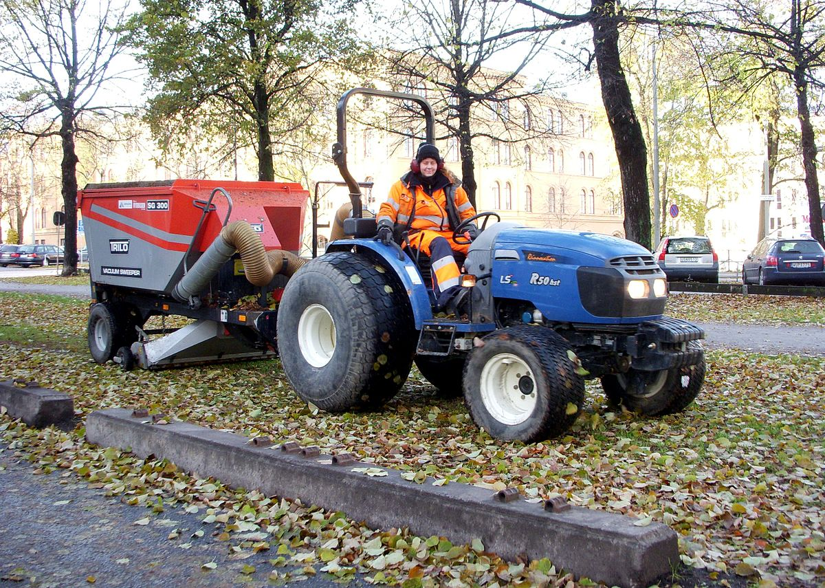 Ls Tractors Wikipedia
