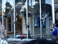 File:Vancouver Riot 2011 8.webm