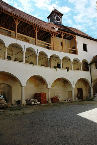 Veliki Tabor Castle - Castle courtyard