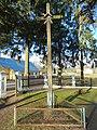 Višakio Rūda. Kryžius prie bažnyčios.JPG