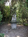 Villa schifanoia, giardino, staua 02.JPG