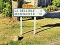 Villeneuve-la-Dondagre-FR-89-panneau d'itinéraire-02.jpg