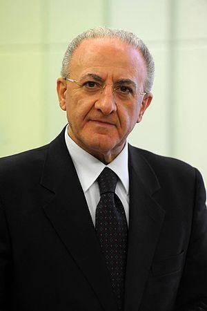 Vincenzo De Luca - Image: Vincenzo De Luca 2015