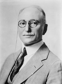 Wallace R. Farrington, G. G. Bain photo portrait.jpg
