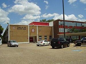 Waltrip High School - Image: Waltrip HS Houston