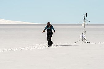 Weather observations in Antarctica.jpg