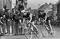 Wereldkampioenschappen wielrennen te Ronse Profs Voorop Elliott, daarachter An, Bestanddeelnr 915-4181.jpg