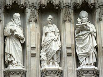 Manche Masemola - Masemola Statue (center) - Westminster Abbey
