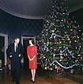 White House Christmas Tree, 13 December 1961.jpg