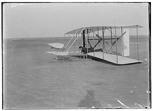 Wilbur Wright after unsuccessful flight trial.jpg
