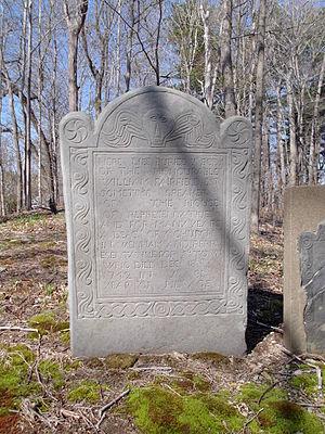 William Fairfield (Massachusetts) - Headstone of William Fairfield (1662-1742)