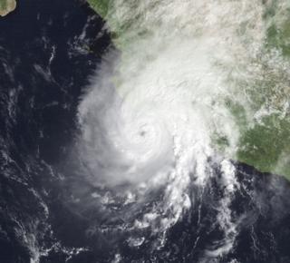 Hurricane Winifred (1992) Category 3 Pacific hurricane in 1992