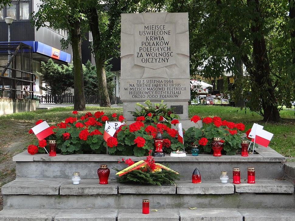 Wolska Street 55 (at Płocka Street) - place of remembrance