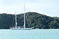 Yacht off Russell (5646092960).jpg
