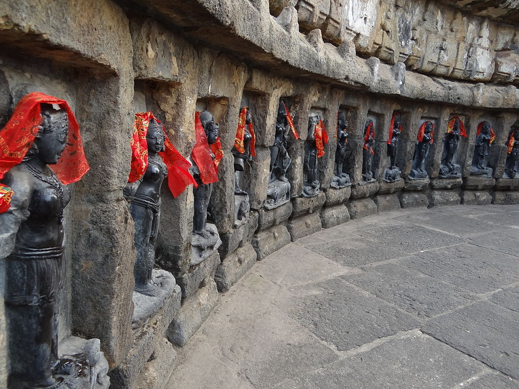 Chausath Yogini temple, also known as Mahamaya temple, Hirapur, Odisha. Image credit: Wikipedia Commons