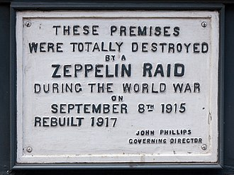 German strategic bombing during World War I - A plaque (61 Farringdon Road, London) commemorating a First World War Zeppelin raid on London