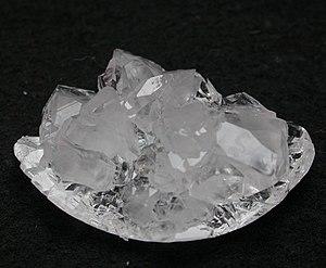 Zitronensäure Kristallzucht.jpg
