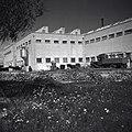 """""""המגפר"""" , בית חרושת לתעשיית סחורות גומי, חידוש ותיקון צמיגים , במפרץ-חיפה-JNF018600.jpeg"""