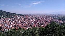 Άποψη της Φλώρινας από τον λόφο του Αγίου Παντελεήμονα προς τα ΒΑ