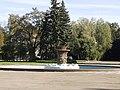 Аина, Киев - ВДНХ - Фонтан за главным павильоном 02.jpg