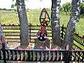 Д.Михеево, могила неизвестного летчика.jpg