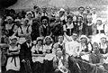 Извођачи опере Продана невеста, 1921.jpg