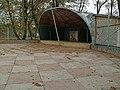 Новгород-Сіверський. Парк ім. Т. Г. Шевченка. Порожній танцмайданчик..JPG