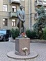 Пам'ятник А.Б. Солов'яненку, оперному співаку, Інститутська, 16.JPG