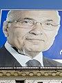 الثوار يمزقون لوحة إعلانات مرشح الفلول أحمد شفيق (cropped).jpg