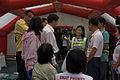 นายกรัฐมนตรี ตรวจเยี่ยมเต้นท์แพทย์ DMAT ภูเก็ต ณ วัดถ้ - Flickr - Abhisit Vejjajiva (2).jpg