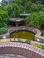 品川シーサイドビュータワー緑地の噴水 - panoramio.jpg