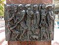 052 Ciutadania, de Ramon Castells, c. Font Vella (Terrassa), detall.jpg