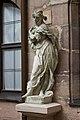13 Fotoworkshop Nürnberg, Fembohaus, Gartenfiguren Die Vier Jahreszeiten (MGK07864).jpg