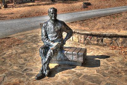16 24 125 FDR statue.jpg