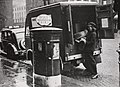 1943 Metropolitan-Vicker Electric postal van, Manchester.jpg