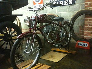 """Whizzer (motorcycles) - 1952 Whizzer Pacemaker """"700"""" Series, 3 horse 8.45 cu. in. (138.47 cc) $189.33."""