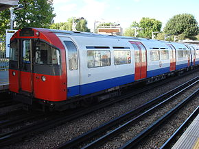 1973 Stock at Ruislip Manor 1.jpg
