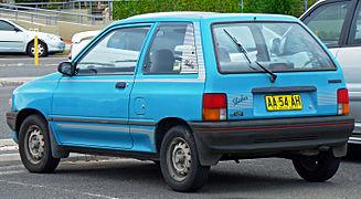 mazda 121 1987