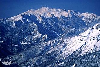 Mount Norikura - Image: 19 Norikuradake from Nishihotakadake 2000 4 17