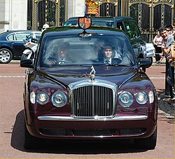 2008 Bentley State Limousine Queen.jpg