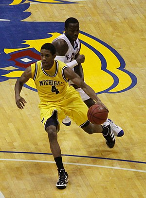 Darius Morris - Image: 20091219 Darius Morris of Michigan Wolverines Basketball against Kansas