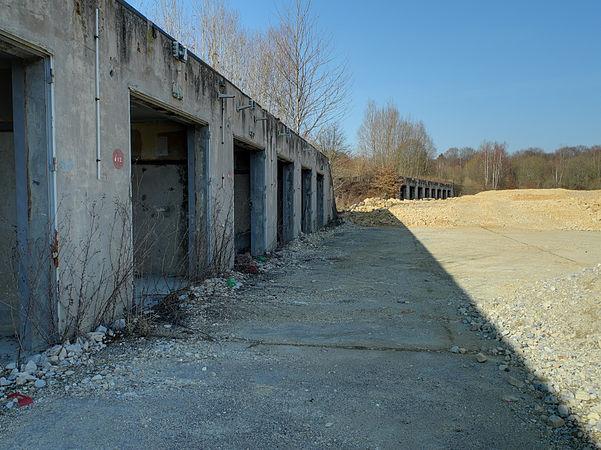 2012-03-01 15-27-46--site-plutons-garages.jpg