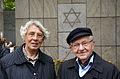 2013-09-15 Gedenktafel Neue Synagoge Hannover (21) Die Holocausüberlebenden und Zeitzeugen Ruth Gröne und Henry Kormann.JPG