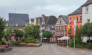 Bad Neuenahr-Ahrweiler - Image: 20130816 Niederhutstrasse from Marktplatz Ahrweiler