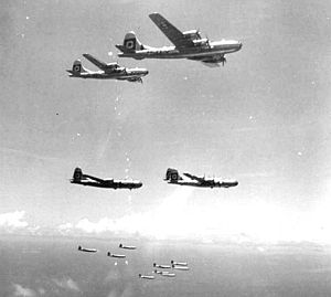 29th Flying Training Wing - 29th Bombardment Group B-29s Formation 1945