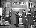 5000ste woning na oorlog te Leeuwarden gereed gekomen, Bestanddeelnr 910-8450.jpg