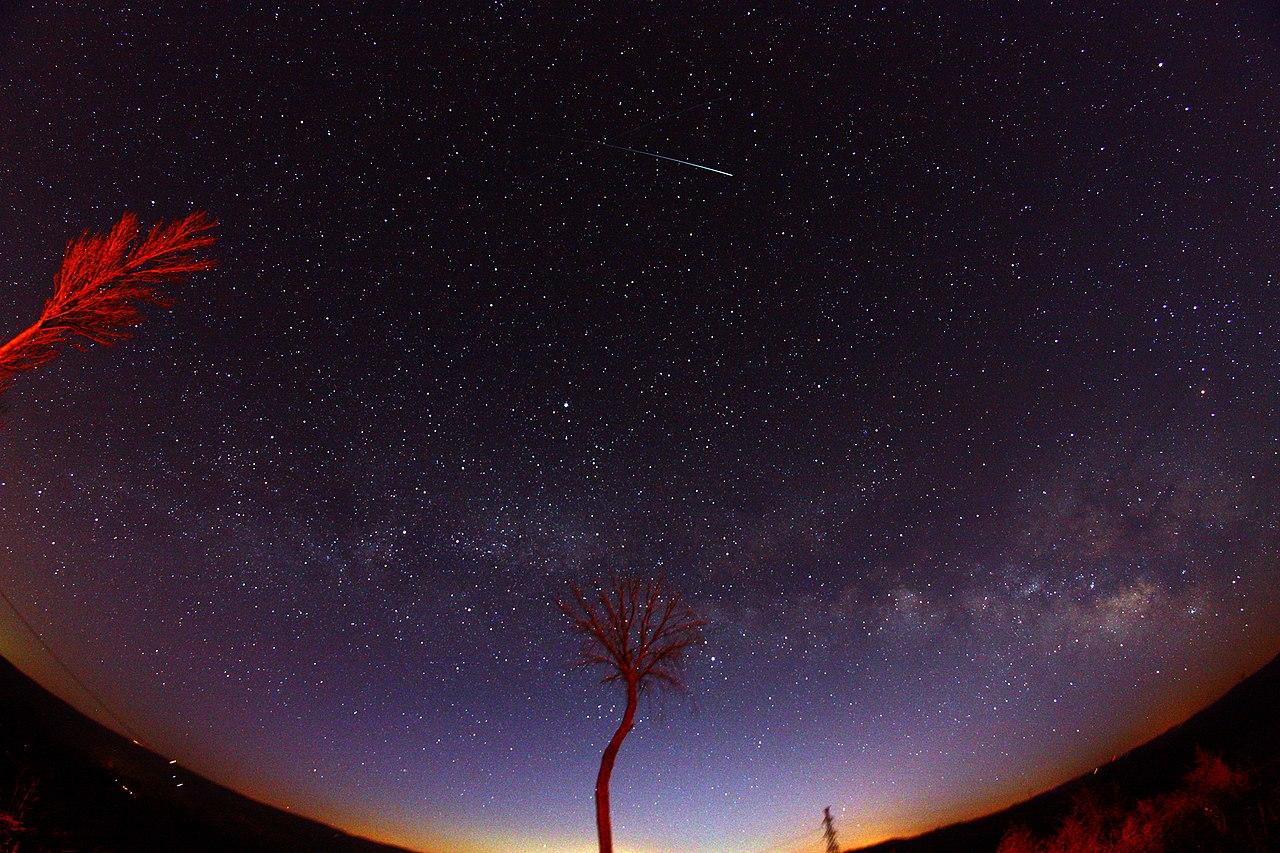 8mm星空——2013-02-22 - panoramio.jpg